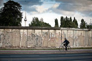 Mauer_und_tower2-1