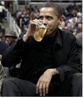 Obama-Drinking-Beer.JPG